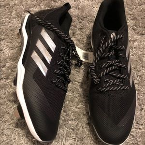 Adidas cleats size 15